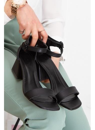 Derithy Jasen Topuklu Ayakkabı-Sıyah-Süet-Byc1403 Siyah